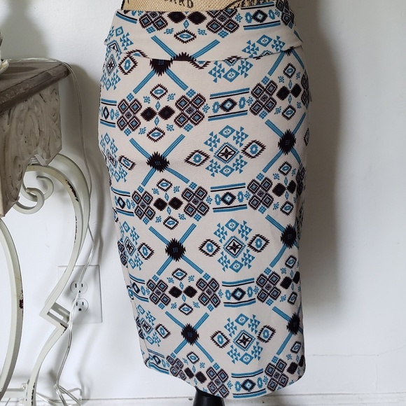LuLaRoe Dresses & Skirts - Pencil skirt xs LuLaRoe
